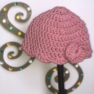 Accessories - 🌻Handmade infant girl crochet hat🌻